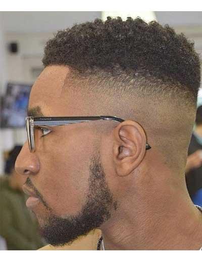 Peinados cortos para hombres desvanecidos en alto y en bajo relieve.