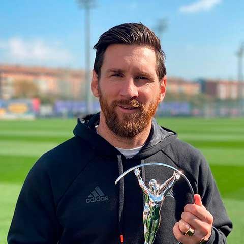 peinado futbolista de Messi